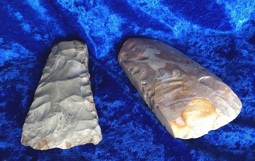 To stenøkser